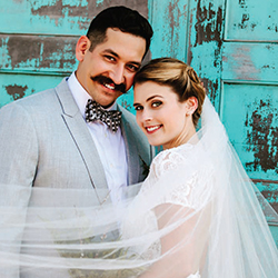 Alicia & Amadeo in their Real Wedding in the Texas Wedding Guide